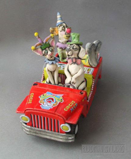Circus Jeep