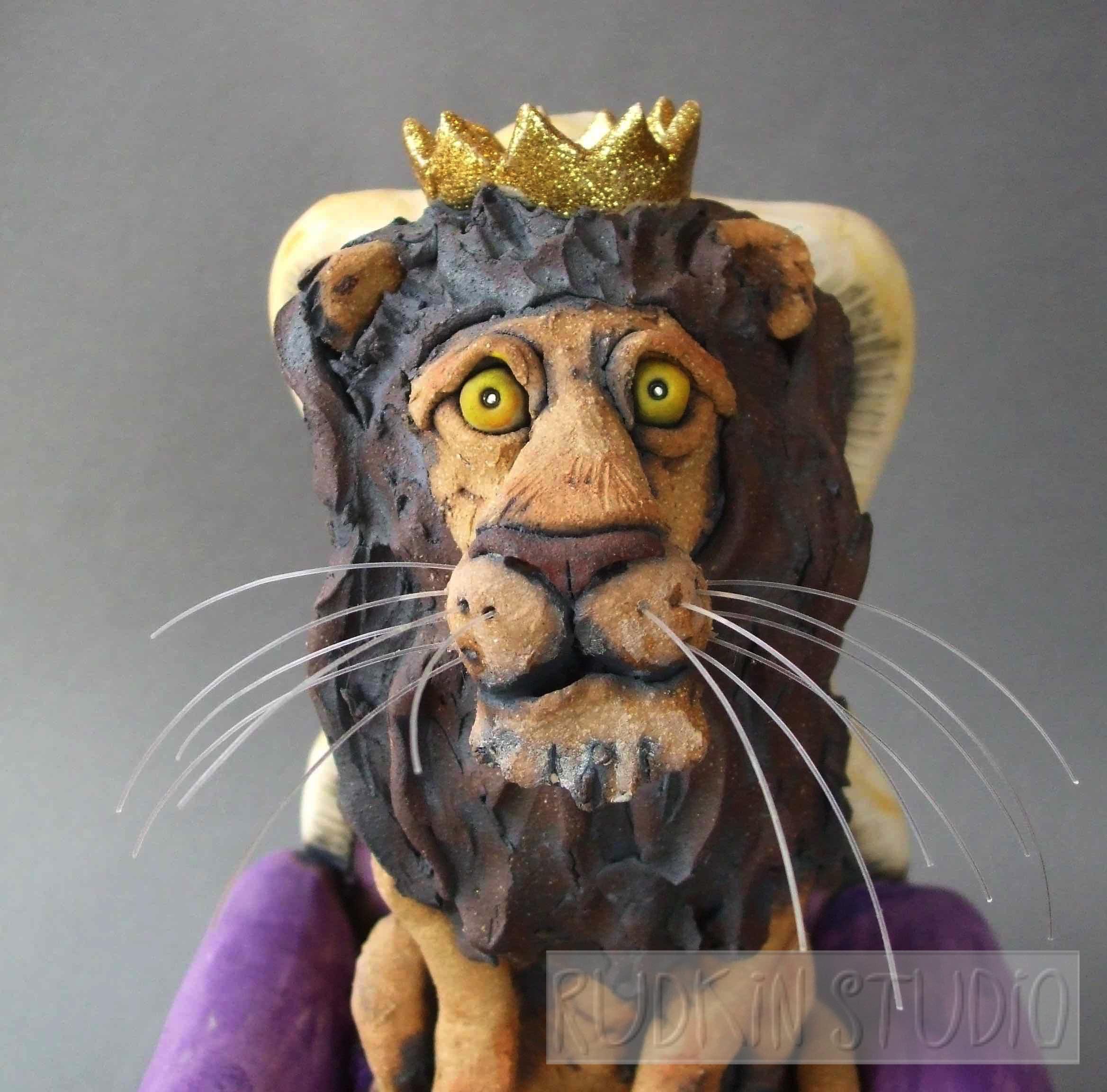Lion King Close