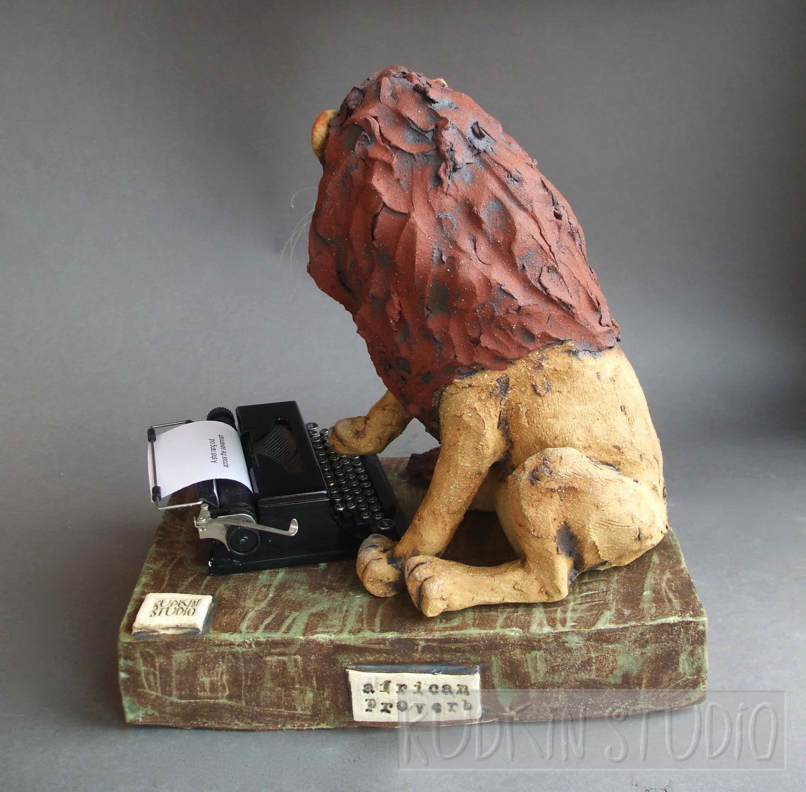Lion Sculpture Typing Rear