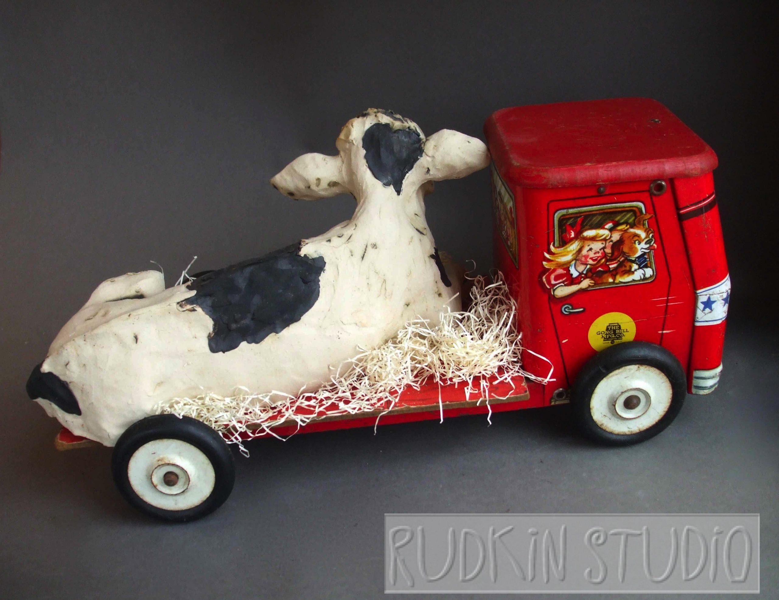 Cow Sculpture Road Trip Rear